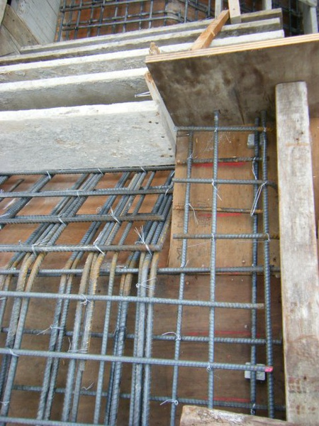 091229-二樓頂板灌漿前檢視05