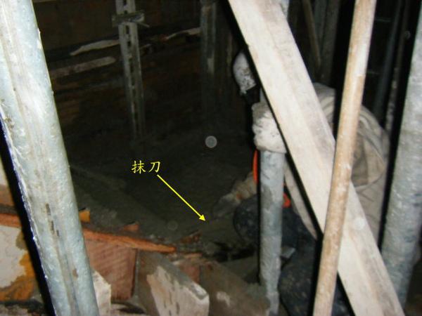 091230-二樓頂板灌漿21