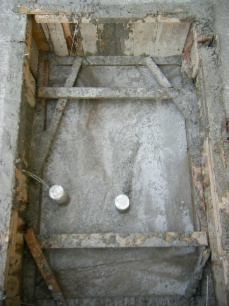 091231-二樓頂板養護1-04