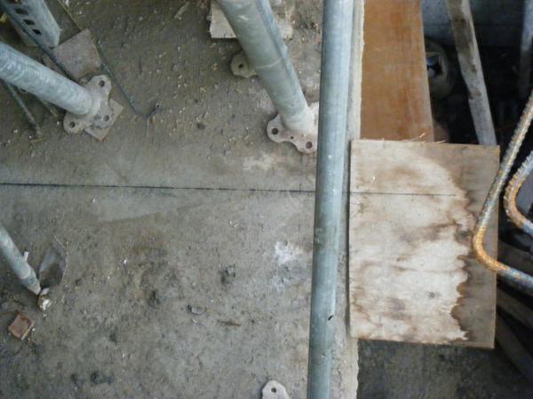100101-二樓養護2、拆側模及三樓放樣01