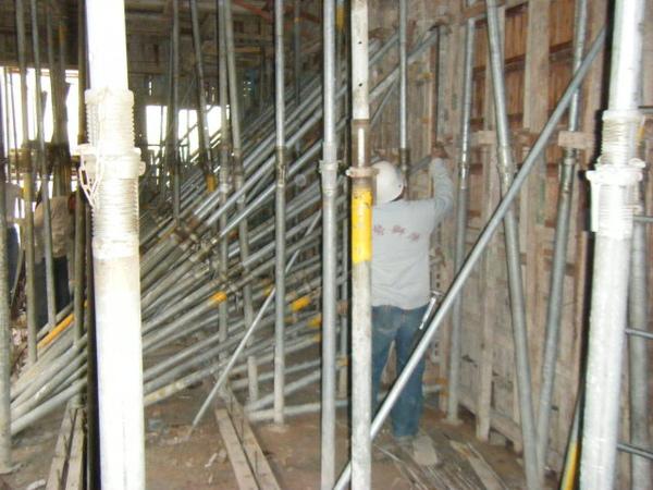 100101-二樓養護2、拆側模及三樓放樣10