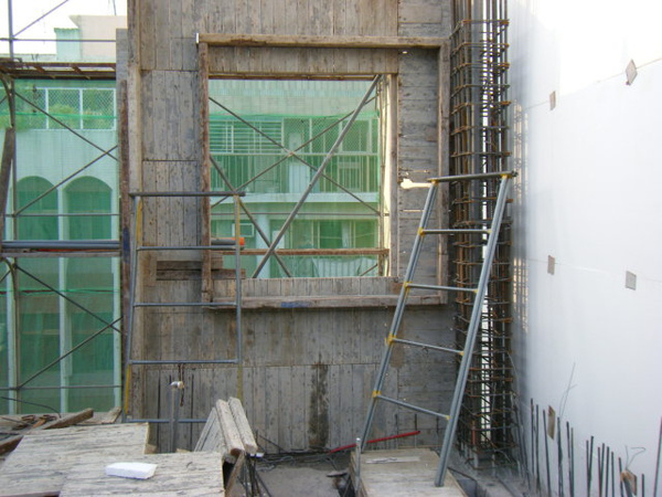 100104-二樓養護5及三樓外模組立12