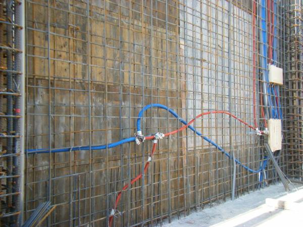 100106-二樓養護7及三樓牆壁鋼筋水電作業05.jpg
