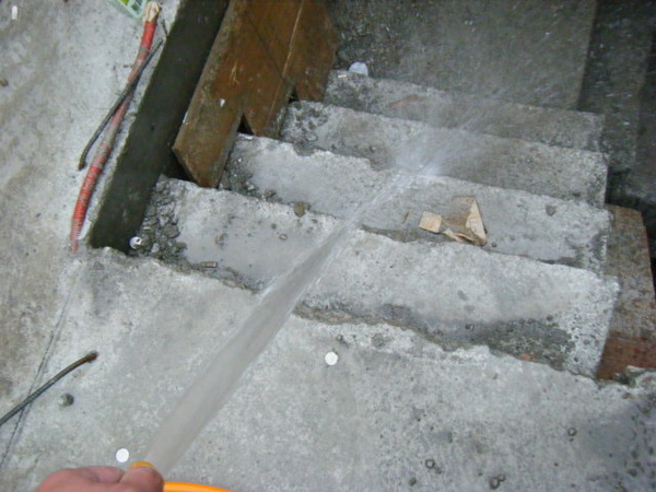 100106-二樓養護7及三樓牆壁鋼筋水電作業05
