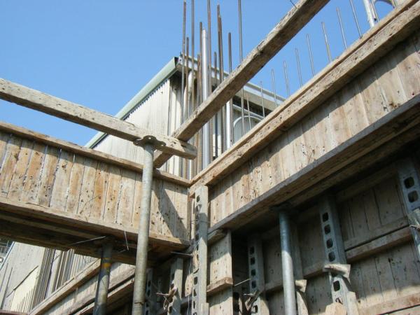 100115-三樓頂板組立02