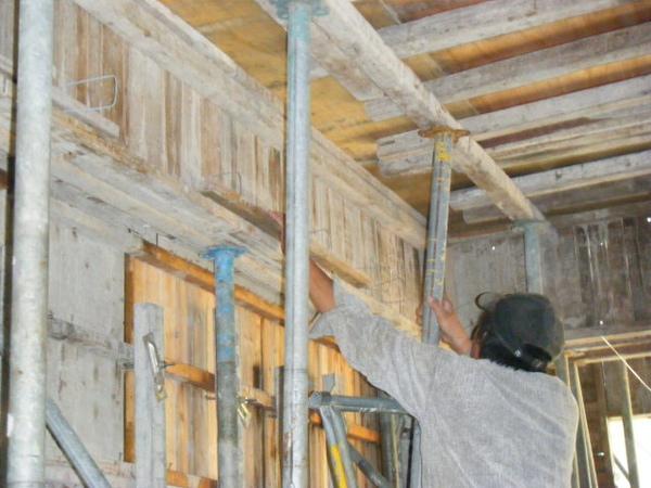 100115-三樓頂板組立05