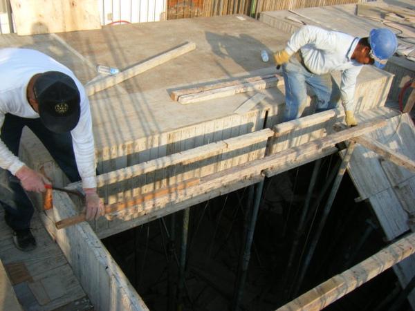 100115-三樓頂板組立13