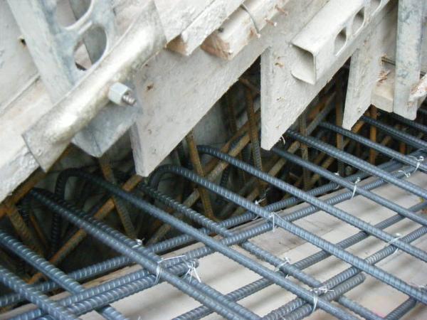 100116-三樓頂板鋼筋及水電作業05