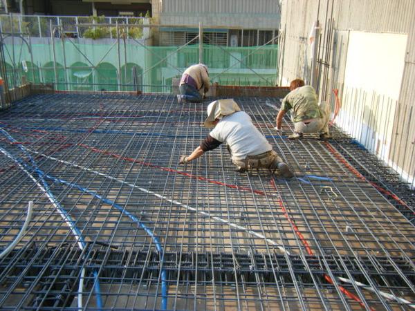 100116-三樓頂板鋼筋及水電作業06