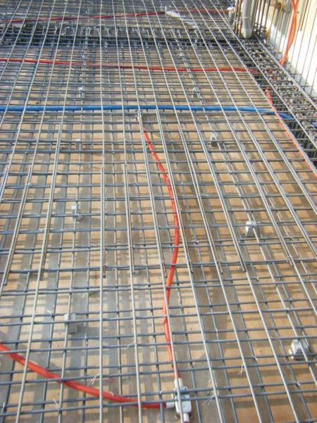 100116-三樓頂板鋼筋及水電作業09