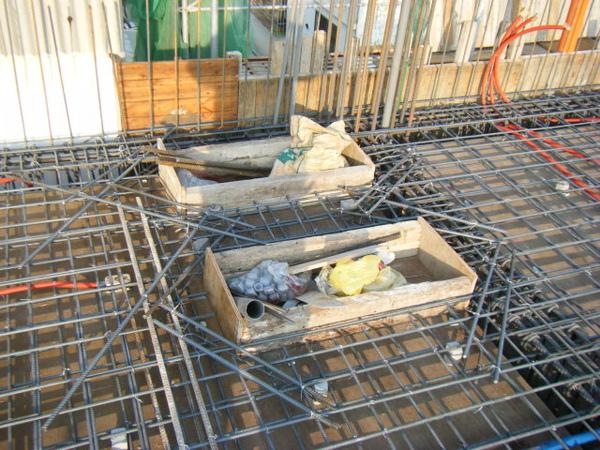 100116-三樓頂板鋼筋及水電作業13