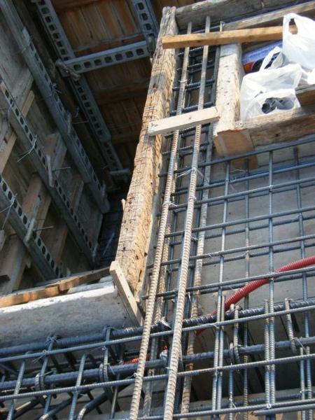 100116-三樓頂板鋼筋及水電作業16