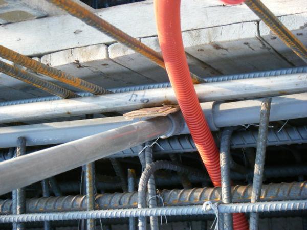 100116-三樓頂板鋼筋及水電作業19