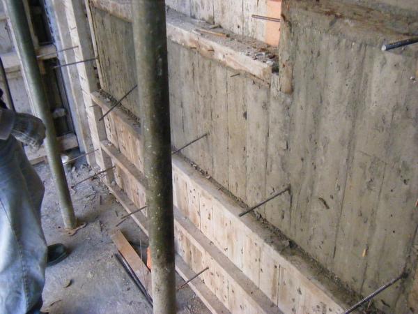 100122三樓養護2及拆除側模04