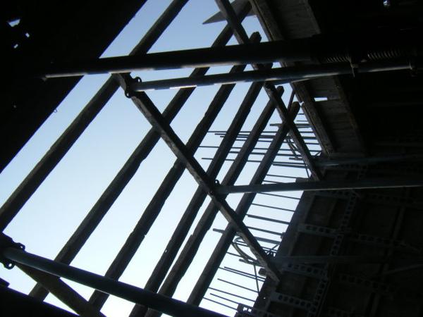 100130-四樓頂板組立07.JPG