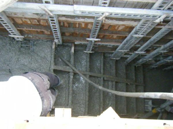 100202-四樓頂板灌漿14.JPG