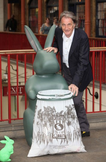 paul-smith-london-garbage-rabbit-1-354x540.jpg