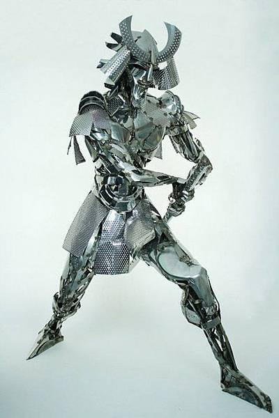stainless-steel-samurai-sculpture.jpg