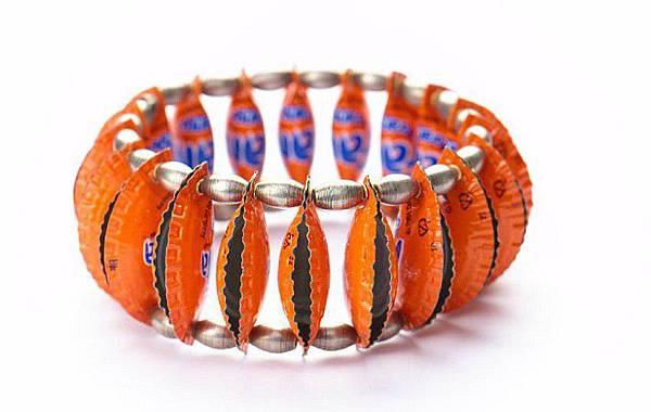 bracelets-Fanta-Orange.jpg