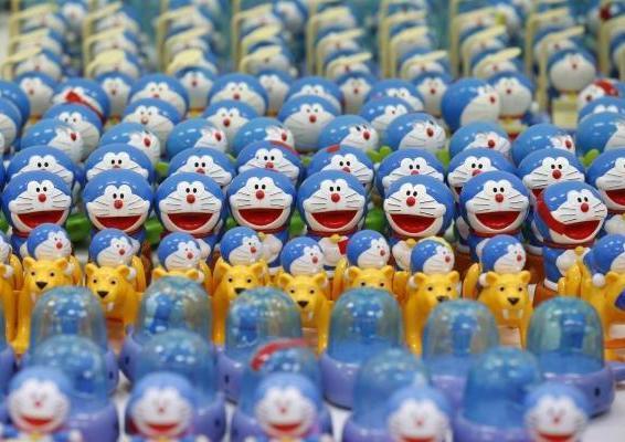 hiroshi-fuji-kaeru-toy-installation-6