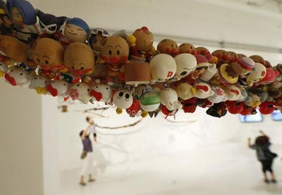 hiroshi-fuji-kaeru-toy-installation-4
