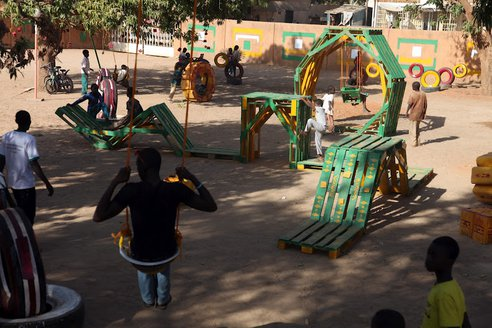 recycled-playground-naimey-africa-2.JPG.492x0_q85_crop-smart
