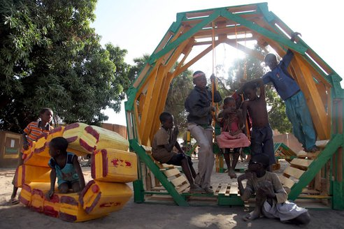 recycled-playground-naimey-africa-6.JPG.492x0_q85_crop-smart