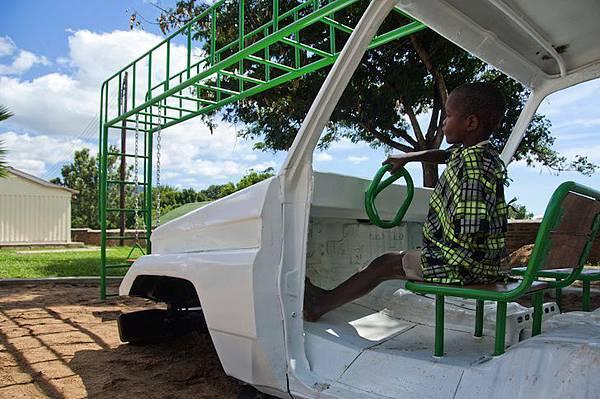 ambulance-playground-in-malawi-lead