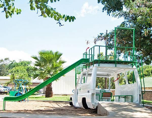 ambulance-playground-Sakaramenta-Malawi