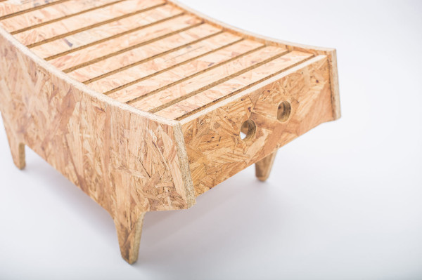 notwaste-eco-friendly-stool-by-Christian-Vivanco-3-600x399.jpg
