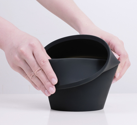 Fold_Pot_by_Emanuele_Pizzolorusso_for_Zincere_dezeen_468_9.jpg