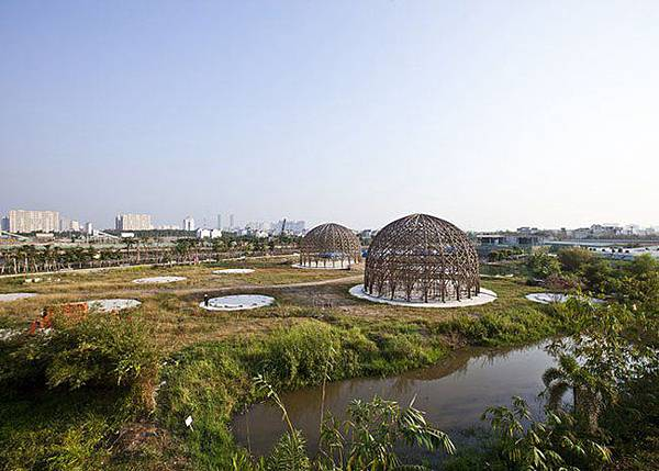 bamboo-domes-diamond-island-community-hall-Vo-Trong-Nghia-2.jpg.650x0_q85_crop-smart.jpg