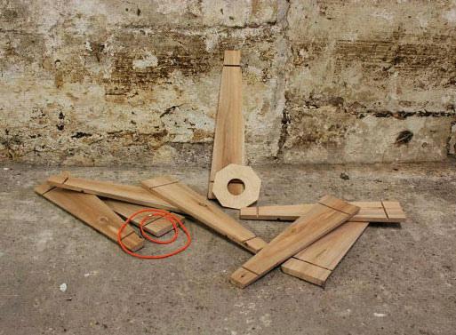 handmade-recycled-pallet-lamp-2.jpg