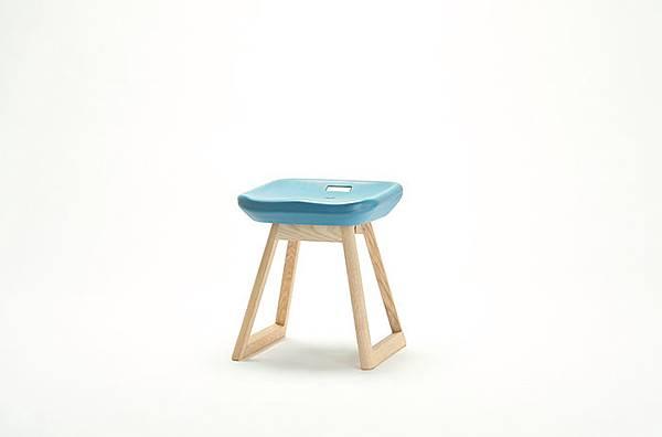 national-stadium-chairs-tokyo-stool-1.jpg
