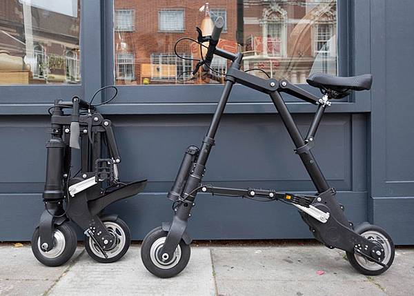 A-Bike-Electric-Sir-Clive-Sinclair_dezeen_784_7.jpg