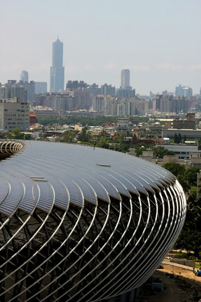 solar-powered-stadium-in-taiwan3.jpg