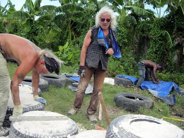 Haiti-Earthship-2b.jpg
