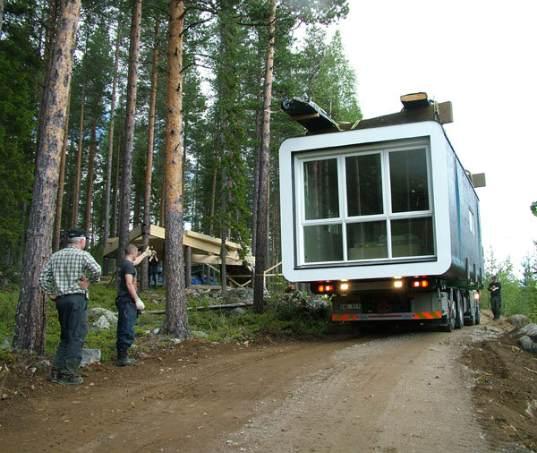 Swedish-Tree-Hotel-Under-Construction-2.jpg