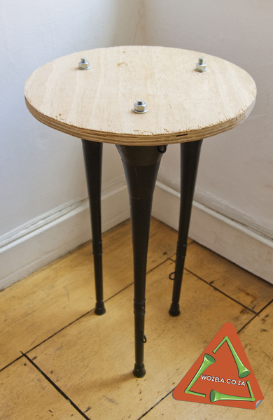 wozela-table-medium.jpg