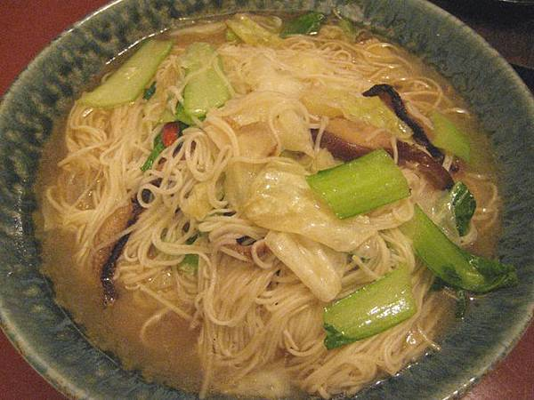 sesame noodle soup1.jpg