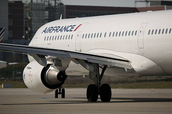 A321DXVO-P043903_Leroux.JPG