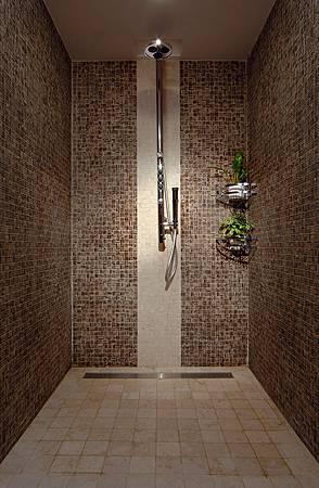 淋浴室583KB.jpg