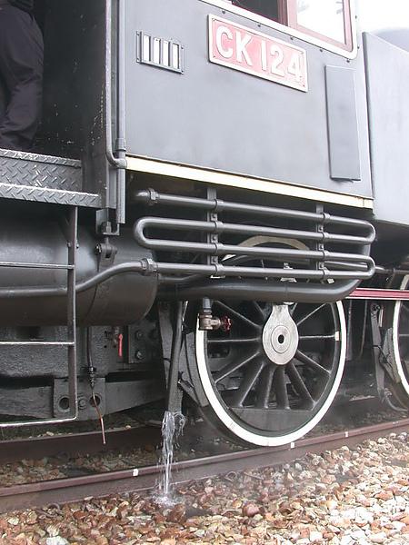 蒸氣火車也是要噓噓的 @ 舊泰安
