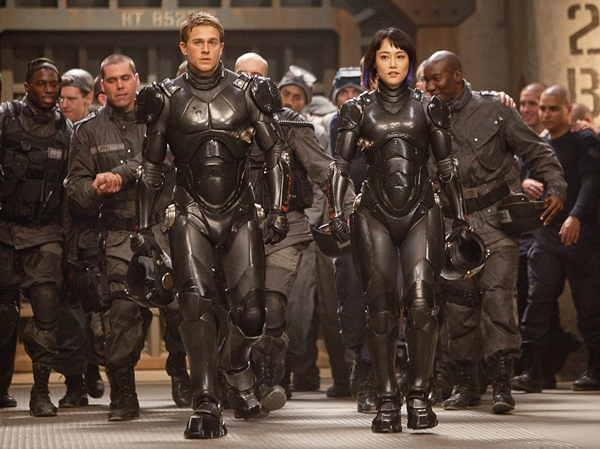 pacific-rim-suit-up