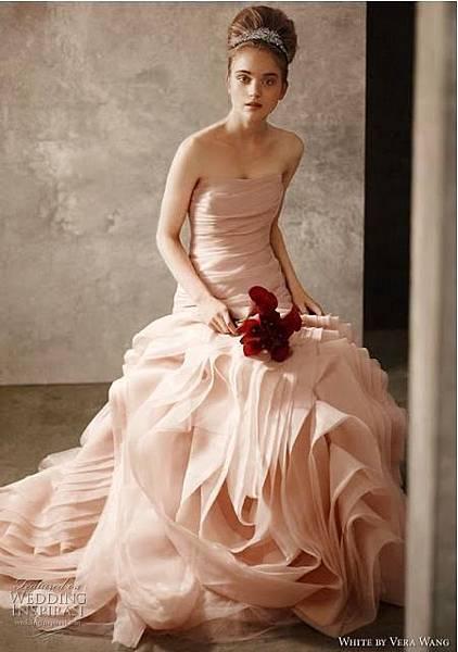2011粉色花苞裙