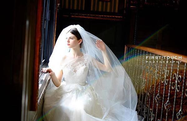2014法式手工蕾絲婚紗法是優雅經典畫面