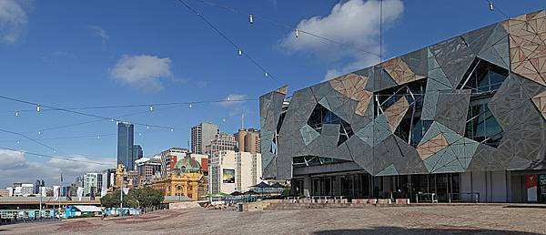 800px-Melbourne_Federation_Square