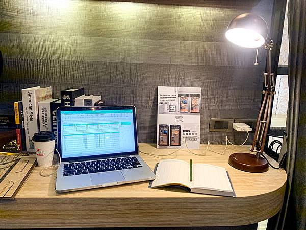 CoCo Office行動辦公室  科定KD實木質感設計