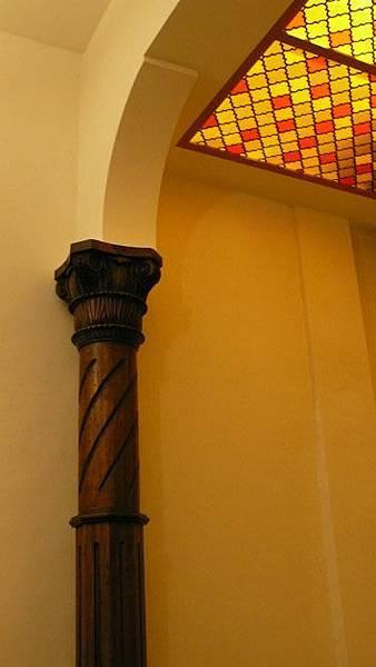 木雕柱子1.jpg