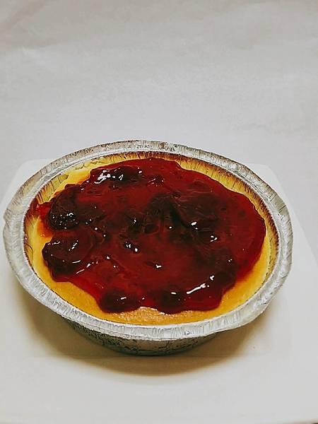 日式草莓乳酪蛋糕$300.jpg